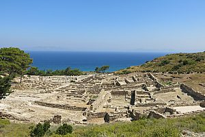 Hiking in Rhodes: private tour from Mount Profitis Ilias to the ancient city of Kamiros