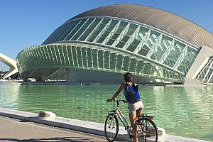 Valencia bike tour: an interesting city tour through the history of the city