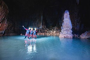 Sea caving in Mallorca with hiking, swimming and rock climbing
