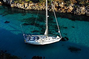 Luxury sailing yacht charter in Mallorca: Sail from Palma / Can Pastilla