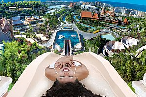 The biggest water park in Tenerife: the famous Siam Park