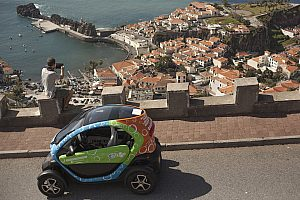 Rent an electric car in Funchal and discover Madeira by GPS tour