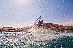Kitesurfen in der Sonne