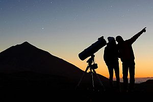 """Sunset and Stars"" tour with transfer, wine, champagne, dinner in Tenerife"