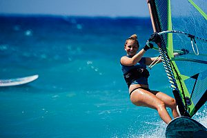 Surfing on Rhodes - Wave riding for beginners and pros at the surf spot Theologos