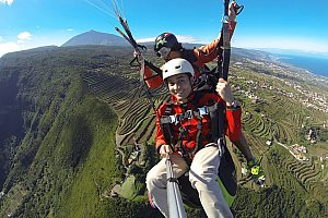 Breathtaking tandem paragliding in Tenerife in the north of the island