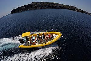 speedboot chartern auf Menorca
