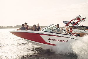 Water Sports in Mallorca by boat - Mastercraft in Alcudia for rent and have fun