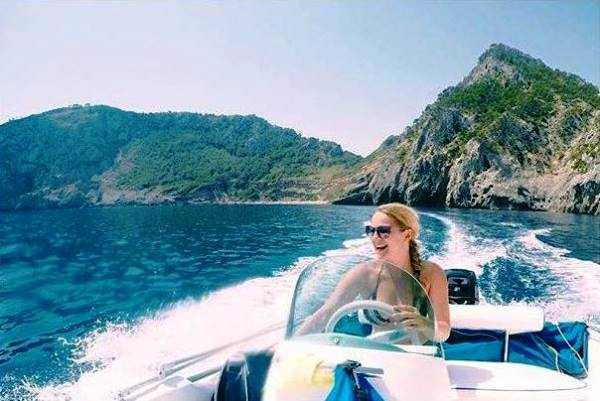rent a boat without licence in Can Picafort