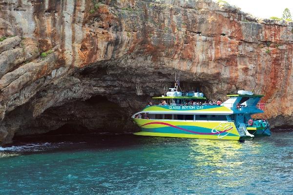 Porto Cristo glass-bottom boat