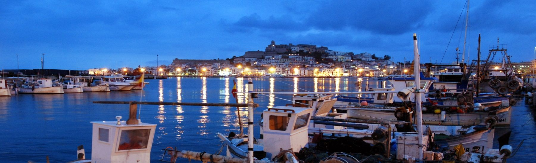 The best holiday excursions in Ibiza - Ibiza at night