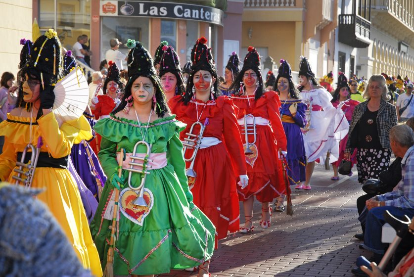 Feste und Feiertage Teneriffa: Karneval